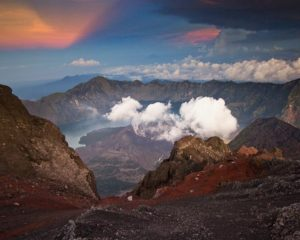 Mount Rinjani Trekking Packages